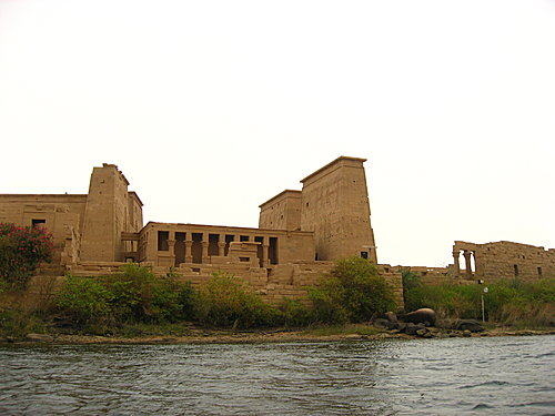 temple of philael,阿斯文水壩)  (阿斯文水壩) 之后回程去另一個景點