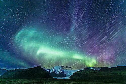 冰岛冬天夜晚时间