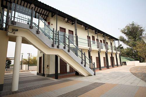 屏山鄧族文物館