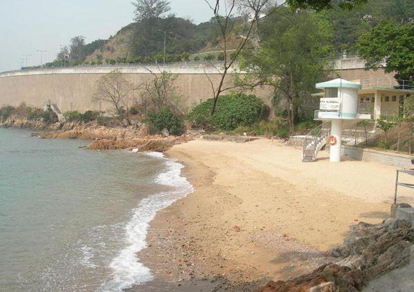 更生灣泳灘