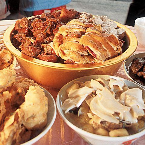 屏山傳統盆菜