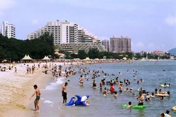 黃金泳灘 Golden Beach