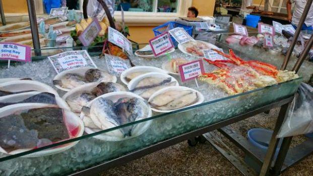 香辣屋海鮮市場 (屯門店)