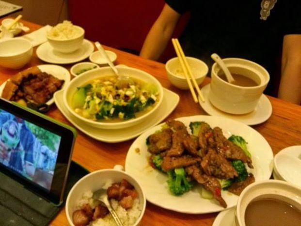華昌粥麵燒腊飯店 Wah Cheong Noodle Restaurant