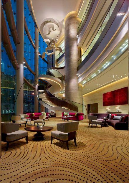 香港九龍東皇冠假日酒店 (將軍澳)